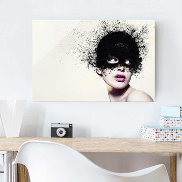 Glasbild - Das Mädchen mit der schwarzen Maske - Quer 3:2