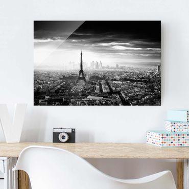 Glasbild - Der Eiffelturm von Oben Schwarz-weiß - Querformat 2:3