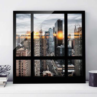 Glasbild - Fensterblick New York mit Sonnen-Reflexion - Quadrat 1:1