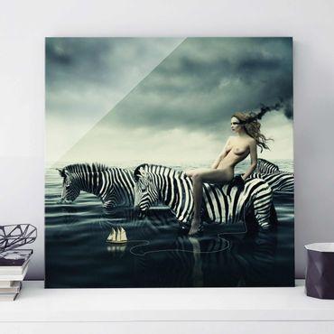 Glasbild - Frauenakt mit Zebras - Quadrat 1:1