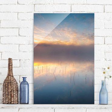 Glasbild - Sonnenaufgang schwedischer See - Hochformat 3:2