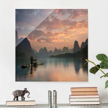 Glasbild - Sonnenaufgang über chinesischem Fluss - Quadrat 1:1