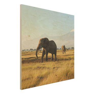 Bild aus Holz - Elefanten vor dem Kilimanjaro in Kenya - Quadrat 1:1