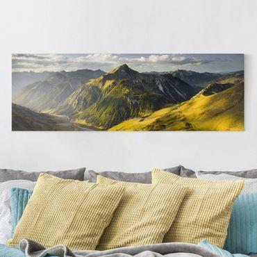 Leinwandbild - Berge und Tal der Lechtaler Alpen in Tirol - Panorama Quer