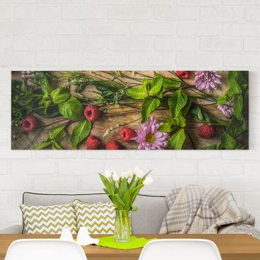 Leinwandbild - Blumen Himbeeren Minze - Panorama Quer