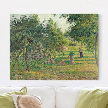 Leinwandbild - Camille Pissarro - Apfelbäume und Heuwender in Eragny - Quer 4:3
