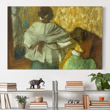 Leinwandbild - Edgar Degas - Bei der Modistin - Quer 3:2
