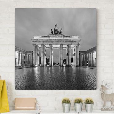 Leinwandbild Schwarz-Weiß - Erleuchtetes Brandenburger Tor II - Quadrat 1:1