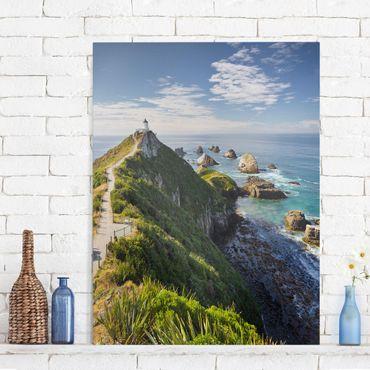 Leinwandbild - Nugget Point Leuchtturm und Meer Neuseeland - Hoch 3:4