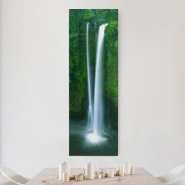 Leinwandbild - Paradiesischer Wasserfall - Panorama Hoch