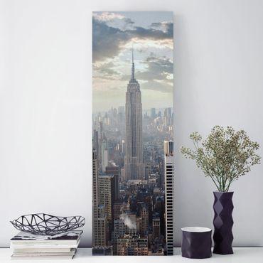 Leinwandbild - Sonnenaufgang in New York - Panorama Hoch