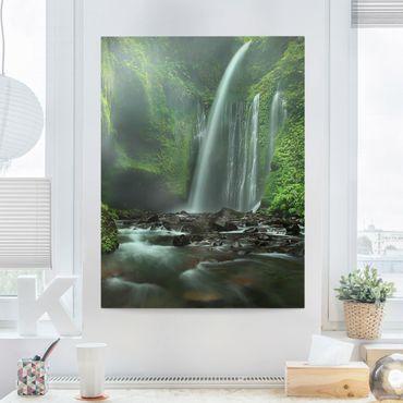 Leinwandbild - Tropischer Wasserfall - Hoch 3:4