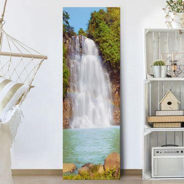 Leinwandbild - Wasserfall Romantik - Panorama Hoch