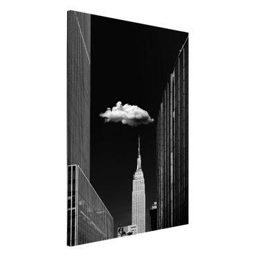Magnettafel - New York mit einzelner Wolke - Memoboard Hochformat 3:2