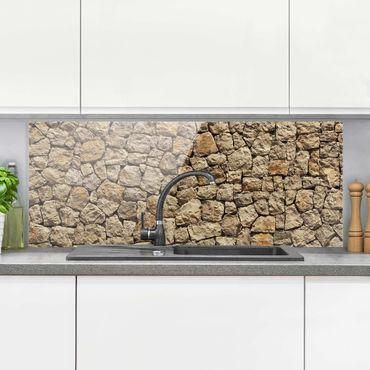 Spritzschutz Glas - Alte Wand aus Pflasterstein - Panorama Quer