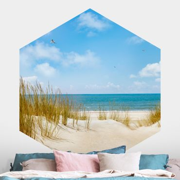 Hexagon Mustertapete selbstklebend - Strand an der Nordsee