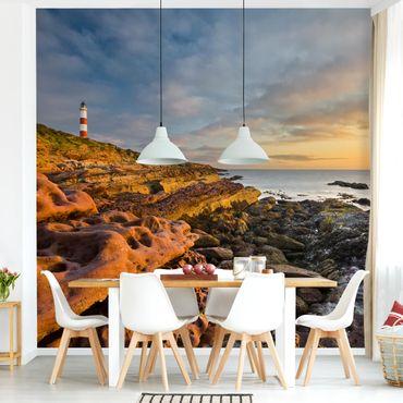 Fototapete Tarbat Ness Leuchtturm und Sonnenuntergang am Meer