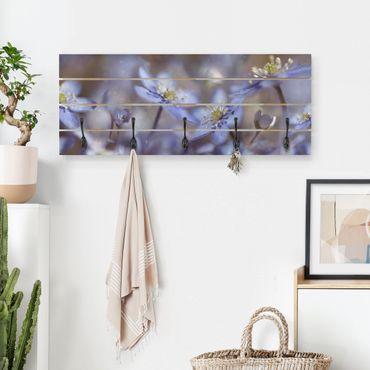 Wandgarderobe Holz - Anemonen in Blau