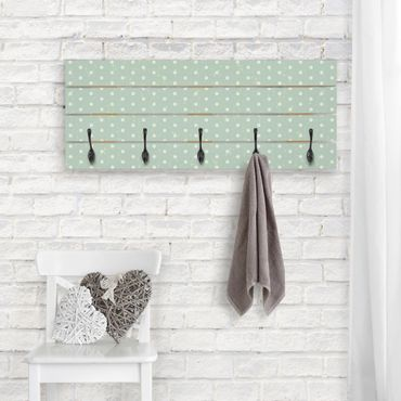 Wandgarderobe Holz - Oberflächendesign mit Kreisen