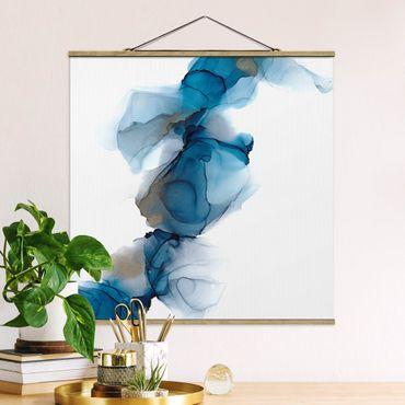 Stoffbild mit Posterleisten - Weg des Windes Blau und Gold - Quadrat 1:1