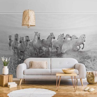 Metallic Tapete  - Weiße Pferde im Meer
