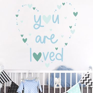 Wandtattoo mehrfarbig Kinderzimmer - You are loved Herz Blau