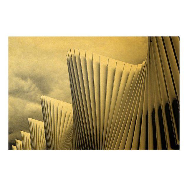 Leinwandbild Gold - Licht und Schatten Architektur - Querformat 3:2