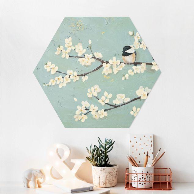 Hexagon Bild Alu-Dibond - Meise auf Kirschast