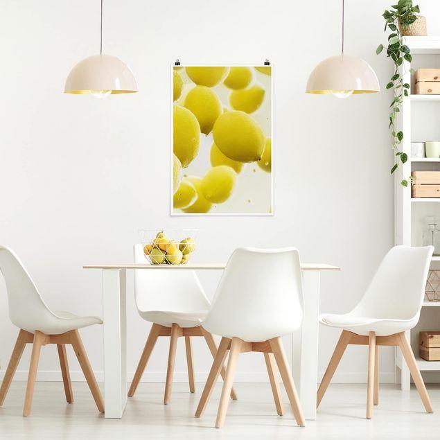 Poster - Zitronen im Wasser - Hochformat 3:2