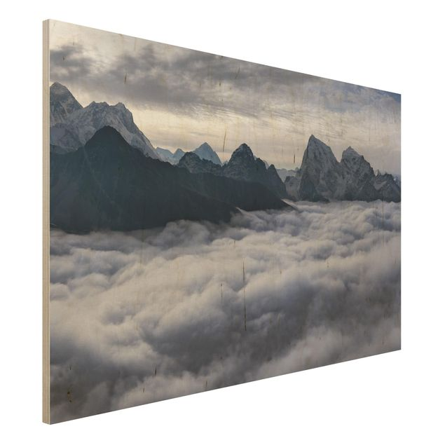 Holzbild - Wolkenmeer im Himalaya - Querformat 2:3