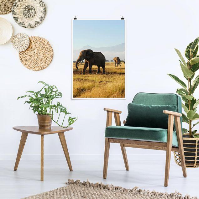 Poster - Elefanten vor dem Kilimanjaro in Kenya - Hochformat 3:2