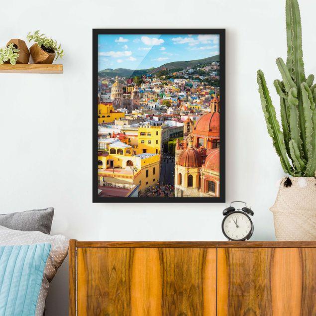 Bild mit Rahmen - Bunte Häuser Guanajuato - Hochformat 3:4