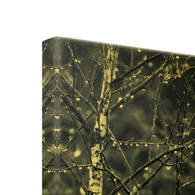 Leinwandbild Gold - Dunkle Birke im kalten Regen - Hochformat 1:2