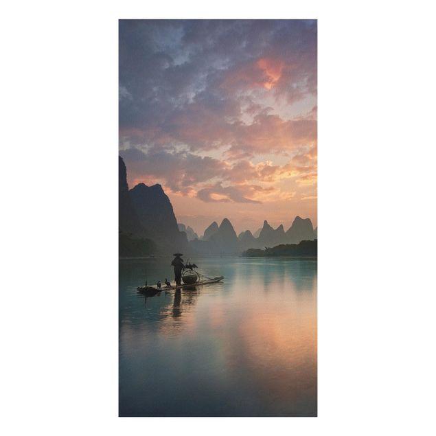 Forex Fine Art Print - Sonnenaufgang über chinesischem Fluss - Hochformat 2:1