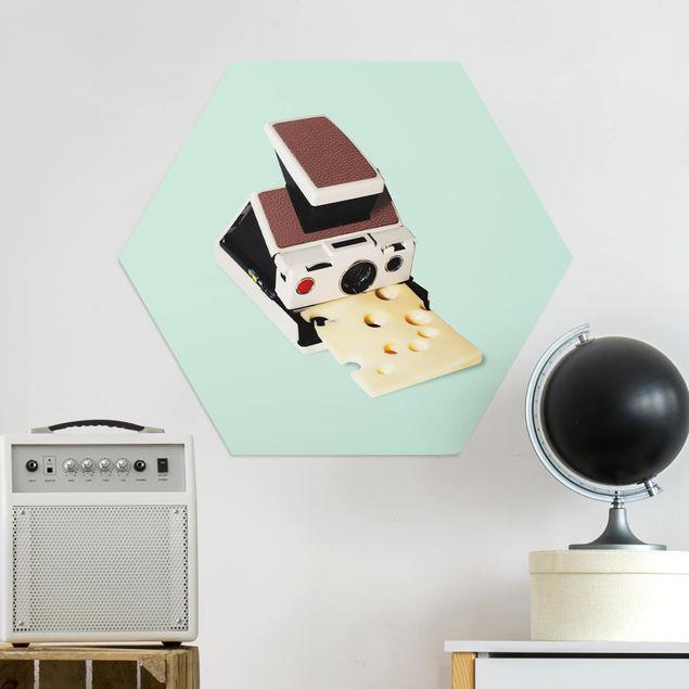 Hexagon Bild Alu-Dibond - Jonas Loose - Kamera mit Käse
