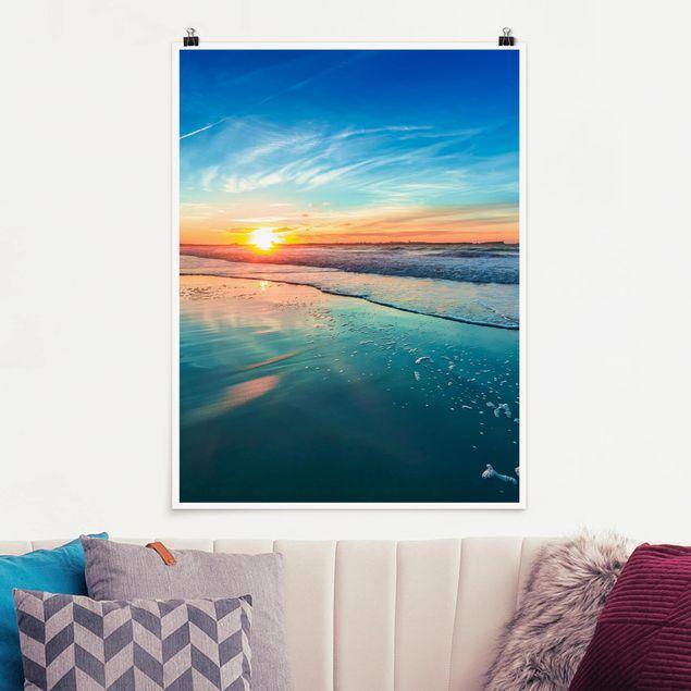 Poster - Romantischer Sonnenuntergang am Meer - Hochformat 3:4