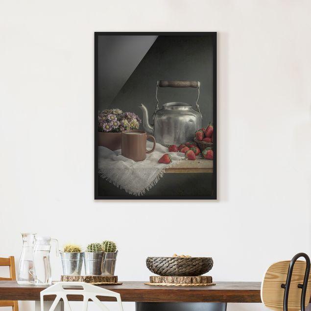 Bild mit Rahmen - Stillleben mit Erdbeeren - Hochformat 3:4
