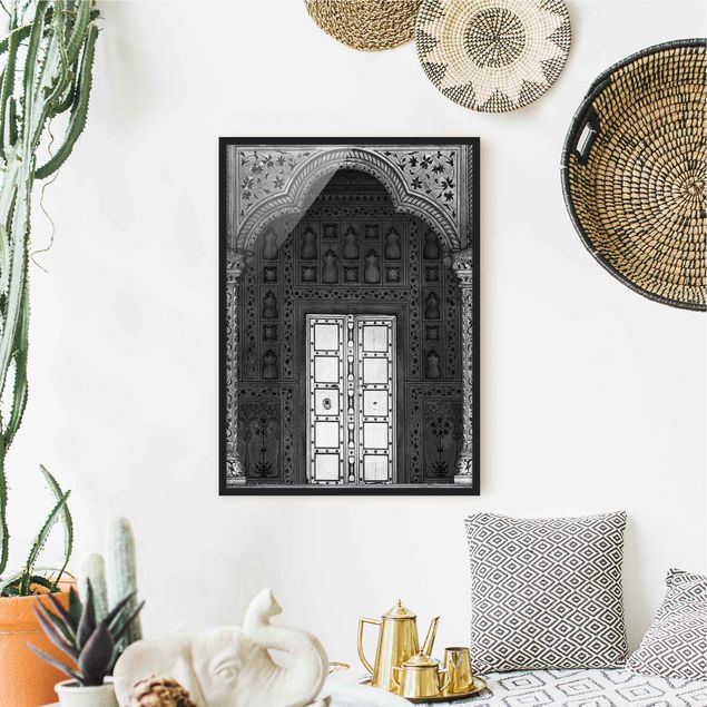 Bild mit Rahmen - White Door - Hochformat 3:4