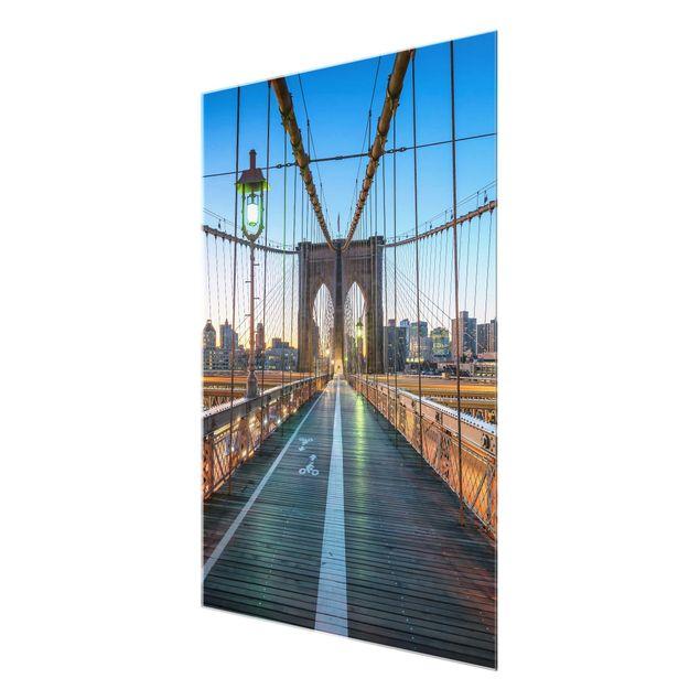 Glasbild - Morgenblick von der Brooklyn Bridge - Hochformat 3:4
