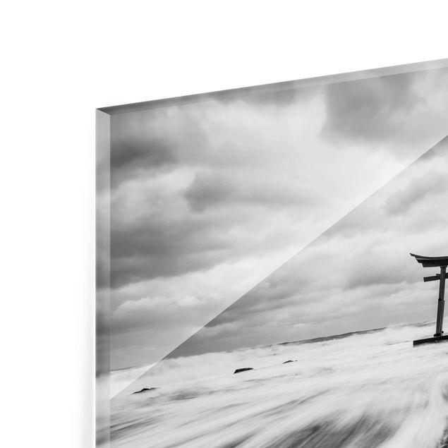Glasbild - Japanisches Torii im Meer - Querformat 4:3