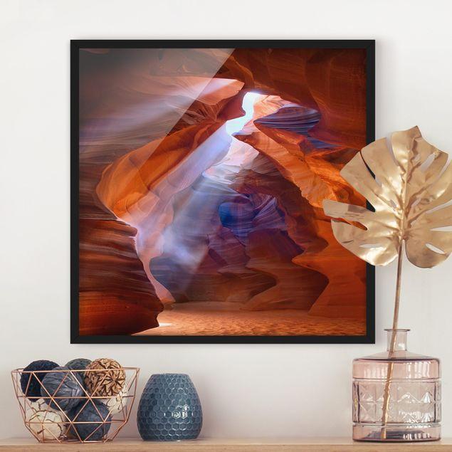 Bild mit Rahmen - Lichtspiel im Antelope Canyon - Quadrat 1:1