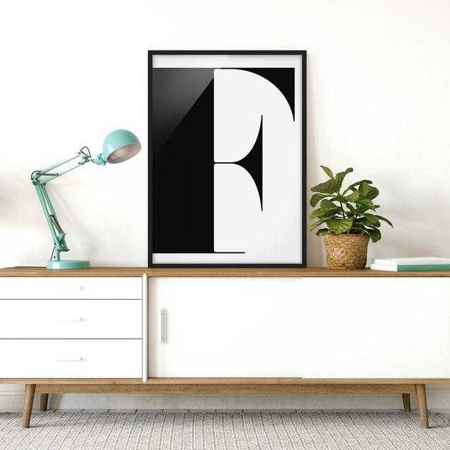 Bild mit Rahmen - Antiqua Letter F - Hochformat 3:4