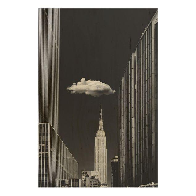 Holzbild - New York mit einzelner Wolke - Hochformat 3:2