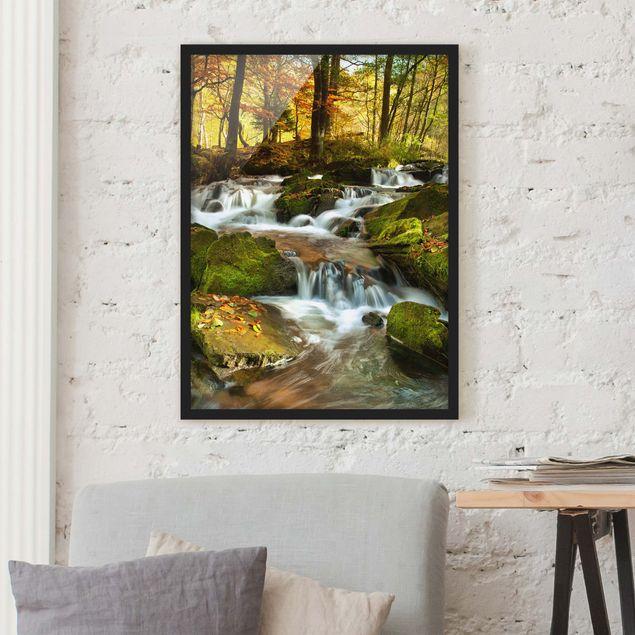 Bild mit Rahmen - Wasserfall herbstlicher Wald - Hochformat 3:4