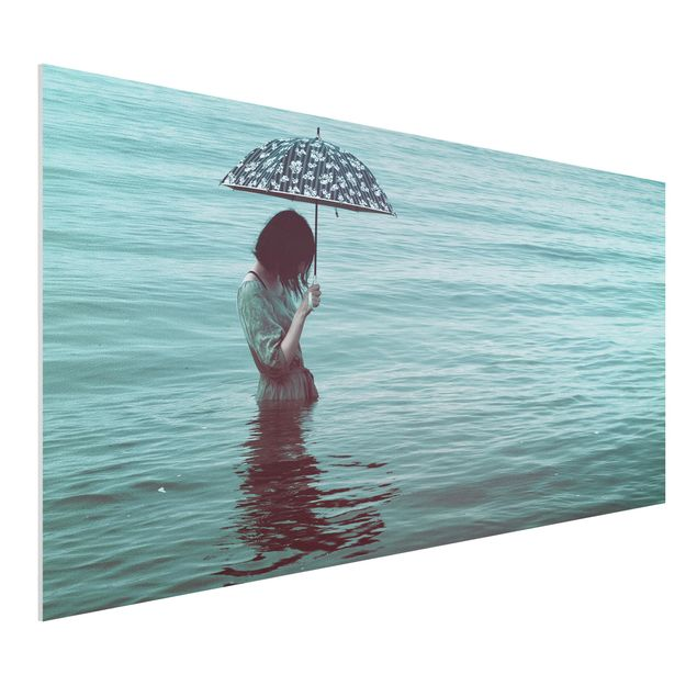 Forex Fine Art Print - Spaziergang im Wasser - Querformat 1:2