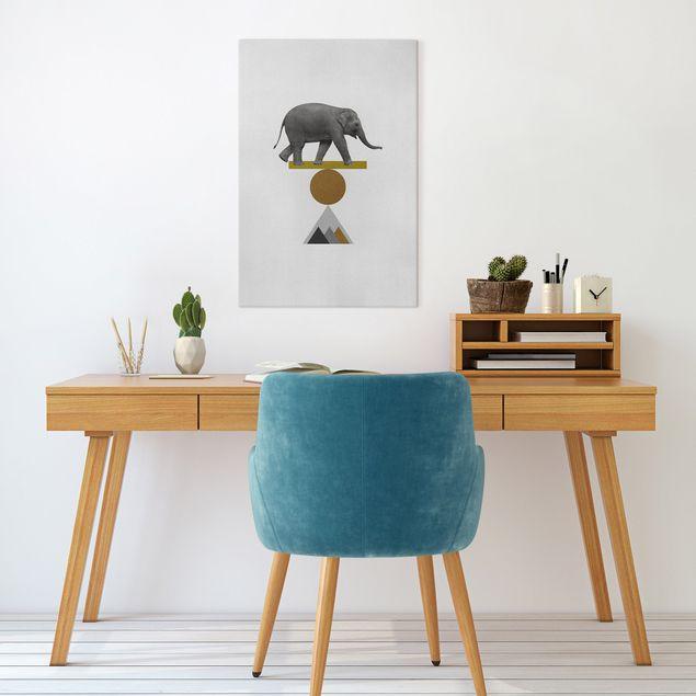 Leinwandbild - Balancekunst Elefant - Hochformat 2:3