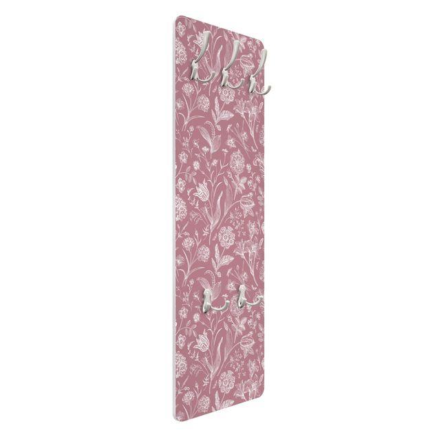 Garderobe - Blumentanz auf Altrosa