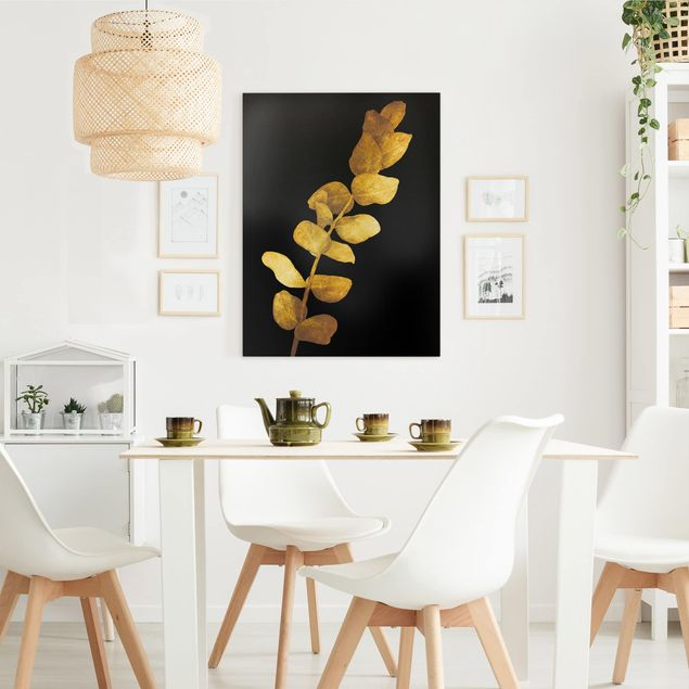 Leinwandbild - Gold - Eukalyptus auf Schwarz - Hochformat 4:3