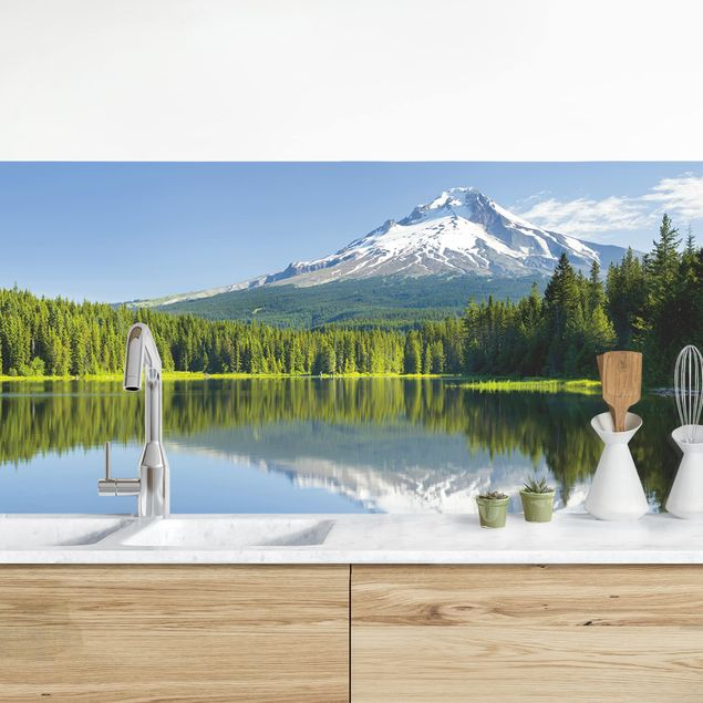 Küchenrückwand - Vulkan mit Wasserspiegelung