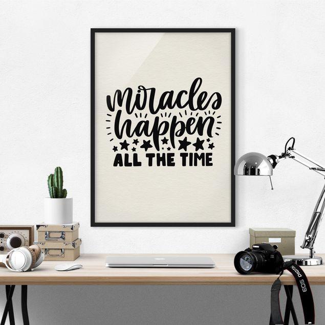 Bild mit Rahmen - Miracles happen all the time - Hochformat 3:4